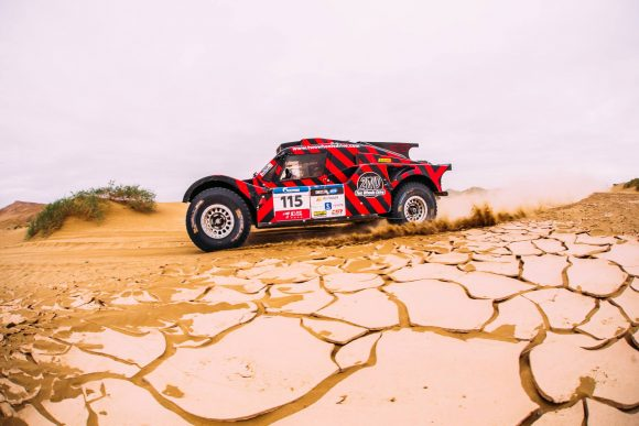 THE 2WD BUGGY IS 4TH IN THE PROVISIONAL OVERALL OF THE SILK WAY RALLY!